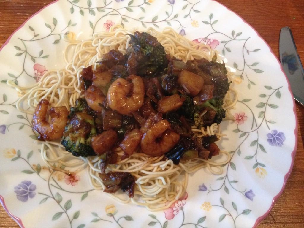 Chinese wokschotel met garnalen - www.zo-ofzo.nl