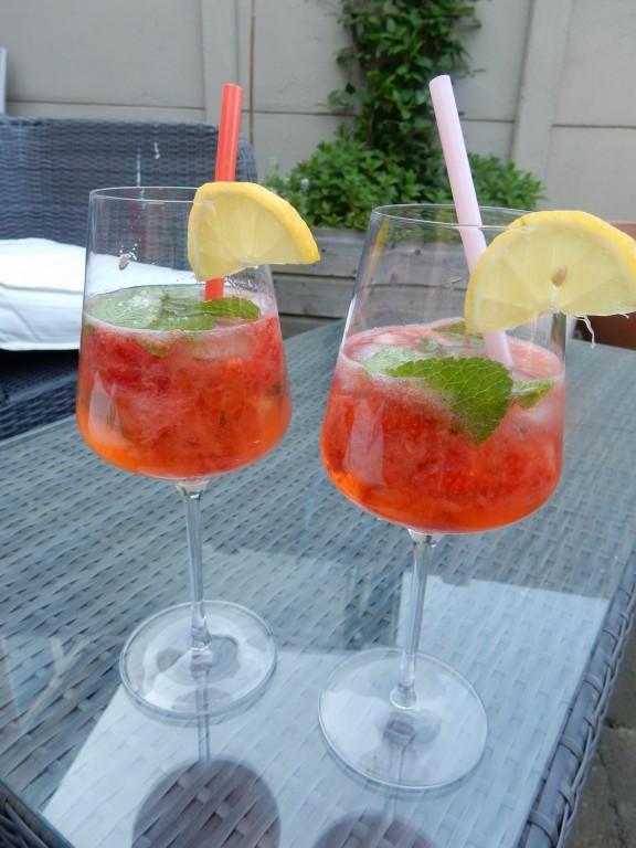 Aardbeien Martini met munt - www.zo-ofzo.nl